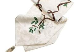 Lenox Holiday Nouveau Runner, 90-Inch