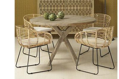 Block Legs Table with Chairs