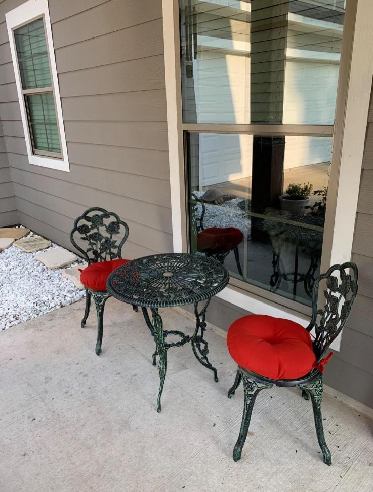 Outdoor Table and 2 Chairs Durable Hole